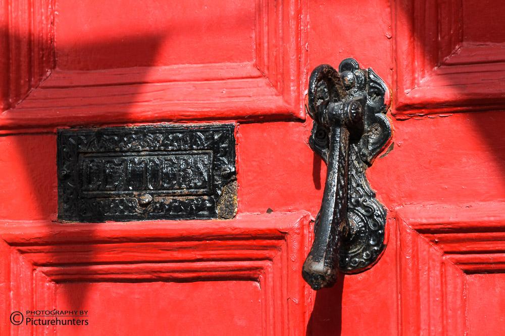 Rote Tür in Cork   Irland