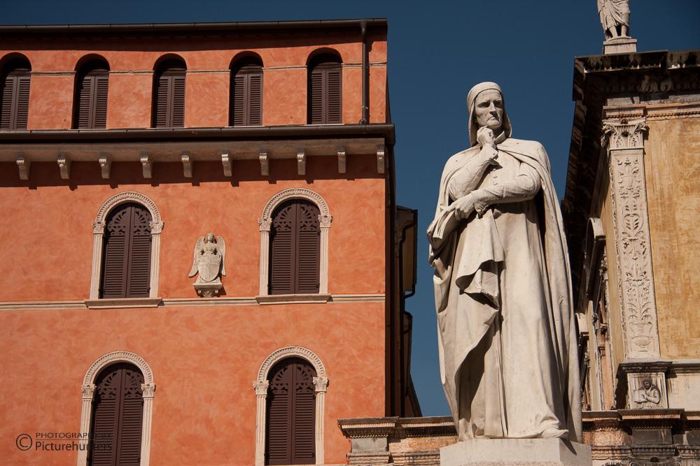 Statue in Verona