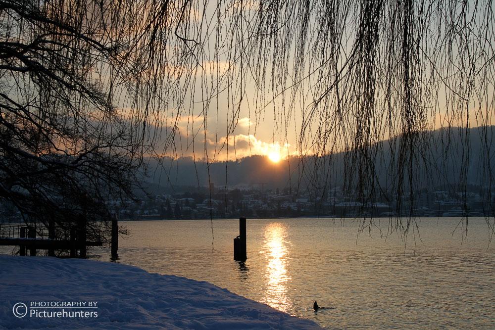 Über dem Zürichsee