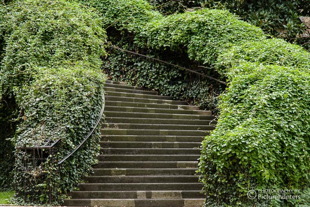 Treppen an einem Pariser Schloss