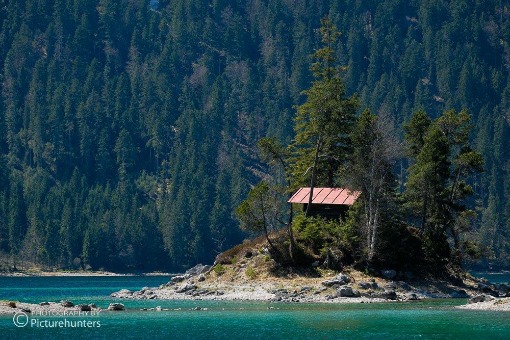 Hütte im Eibsee