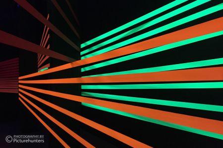Grün und Rot im Schwarzlicht