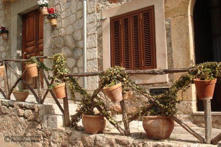 Blumentöpfe in Valdemossa  | Mallorca