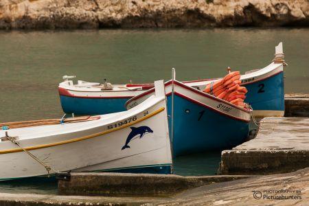 Boote im Fischerhafen auf Gozo