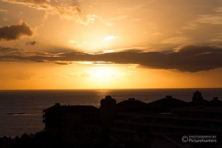 Sonnenuntergang über der Hotelanlage