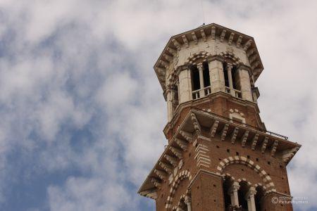 Kirchturm in Verona