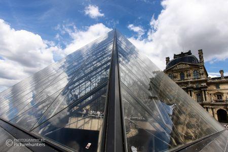 Glaspyramide im Louvre | Paris