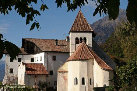 Kirche über Meran