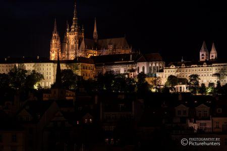 Prager Burg bei Nacht