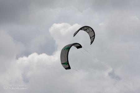 Kitesurf-Schirme