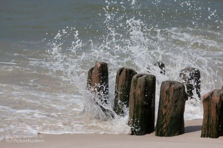 Wellen am Holz
