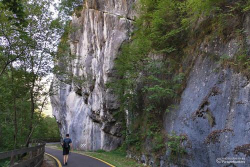 An der Felswand unterwegs